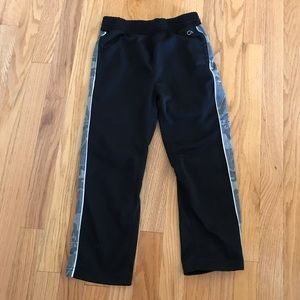 Boy's GAP Fit Size Small Jogger Pants 🏃🏻